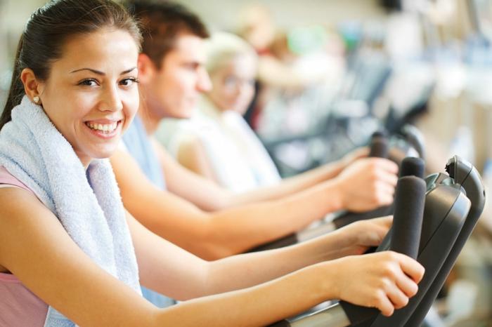 besser einschlafen sich bewegen täglich fitness