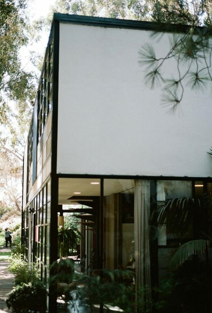 charles ray eames haus gartengestaltung hausfassade gartenpflanzen