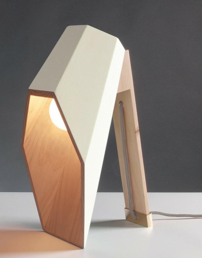geometrische tischlampen aus holz vom designer alessandro zambelli. Black Bedroom Furniture Sets. Home Design Ideas