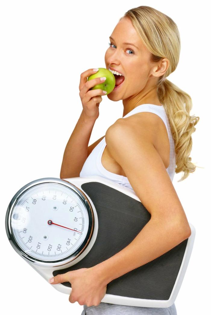 effektiv abnehmen tipps wenig süßigkeiten richtig essen trainieren