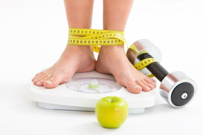 effektiv abnehmen trainieren wenig süßigkeiten essen
