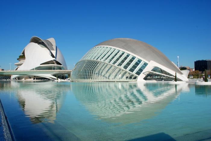 Epochen der kunstgeschichte eine kurze reise in die for Architektur valencia