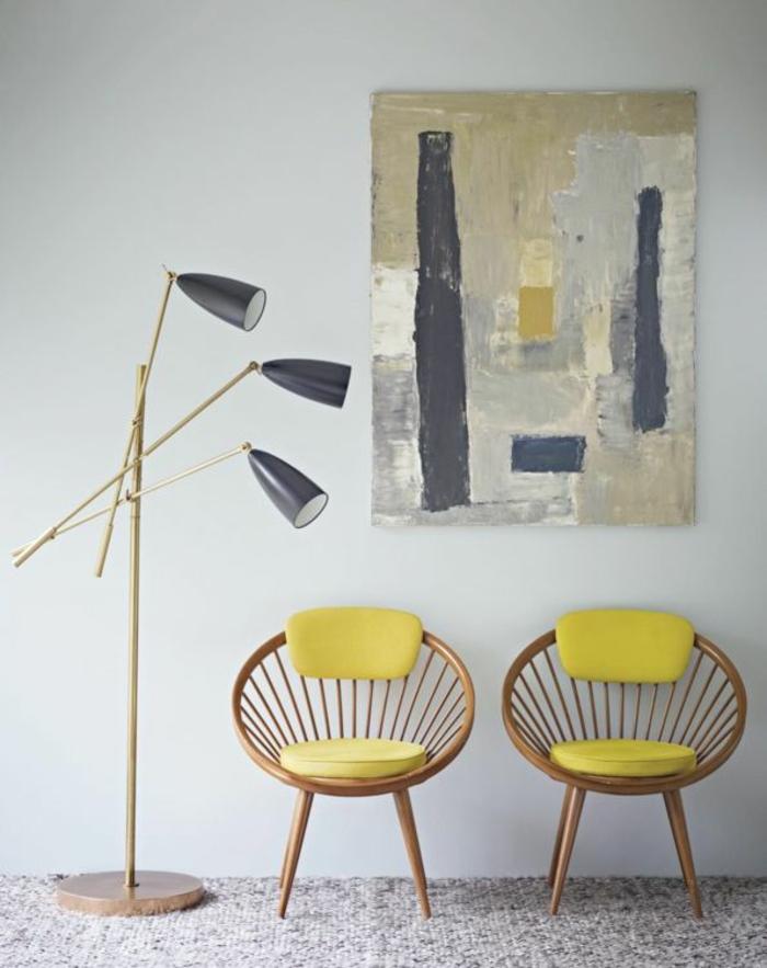 farbgestaltung ideen pantone farben gelb designer stühle