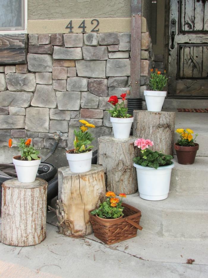 garten verschönern eingang treppe deko pflanzen