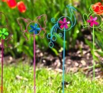 Durch lustige Gartenstecker den Garten verschönern