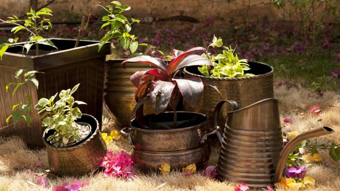 Gartenideen Deko Vintage Gartenaccessoires Außenbereich Gestalten