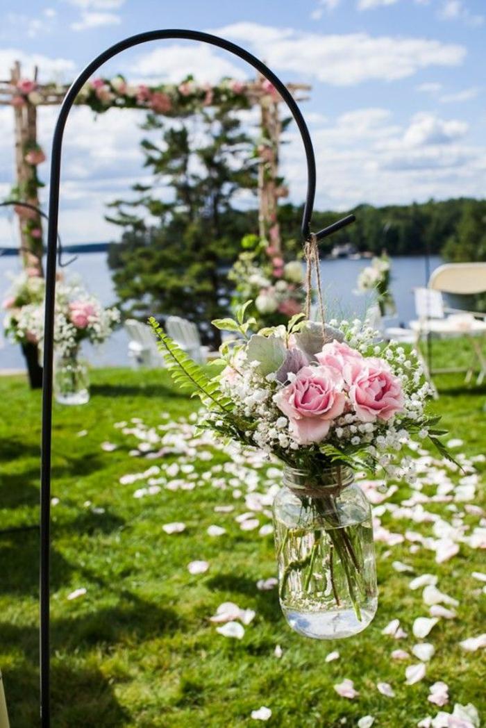 Vintage Deko Lasst Den Garten Charmanter Und Weiblicher Erscheinen
