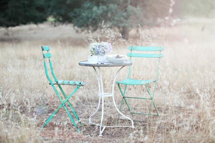 gartenmöbel-set-wohnfühloase-gestalten-klappstühle