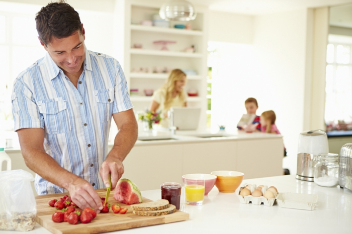gesunde ernährung familie zusammen frühstücken gesund