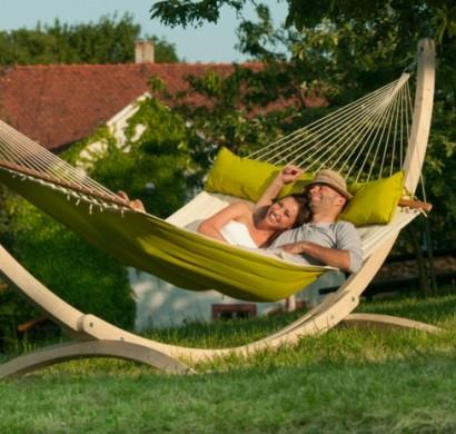 Hängematte Mit Gestell Für Entspannende Momente Im Eigenen Garten Hangematten Mit Gestell Garten