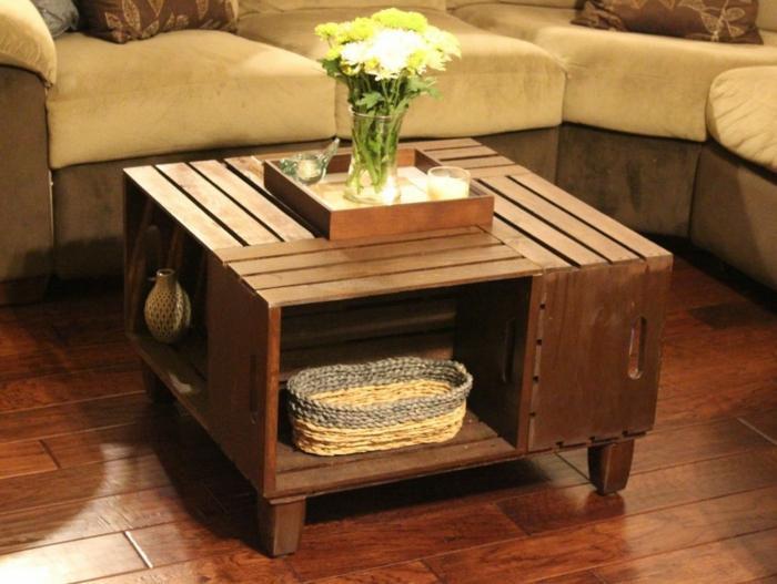 aus holzkisten lassen sich praktische m bel und wohnartikel anfertigen. Black Bedroom Furniture Sets. Home Design Ideas
