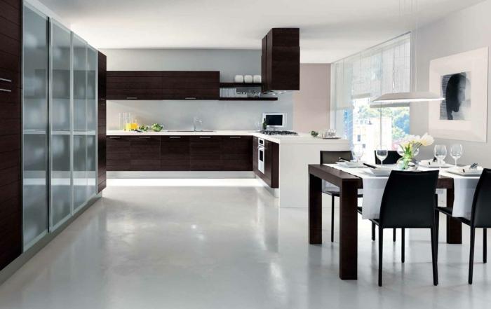 küchendesign stilvolle kücheneinrichtung geräumig esstisch