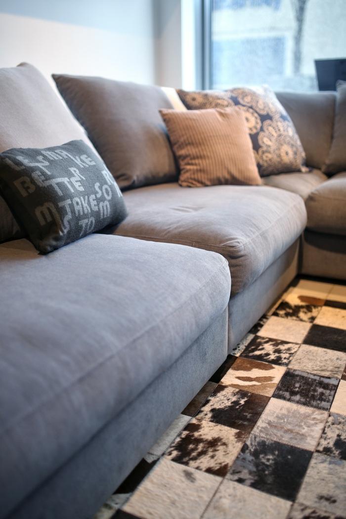 kleine räume einrichten praktisches wohnzommer sofa beispiele
