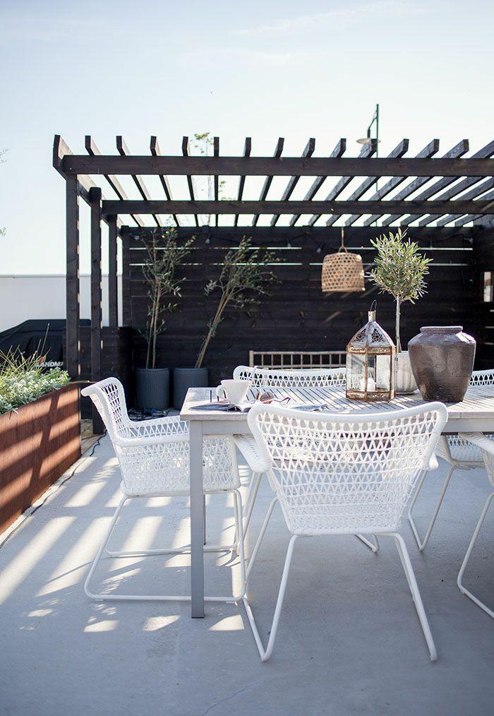 kleine terrasse gestalten dachterrasse holzpergola wohlfühloase
