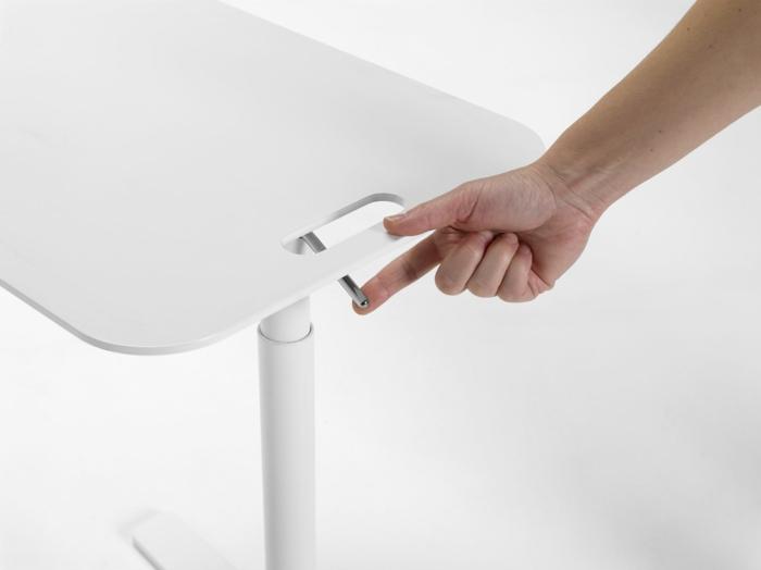 h henverstellbarer couchtisch mit vielseitigen funktionen. Black Bedroom Furniture Sets. Home Design Ideas
