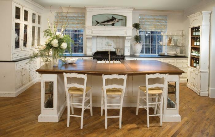 landhausküche kücheninsel rustikale küchenmöbel ausgefallene deko