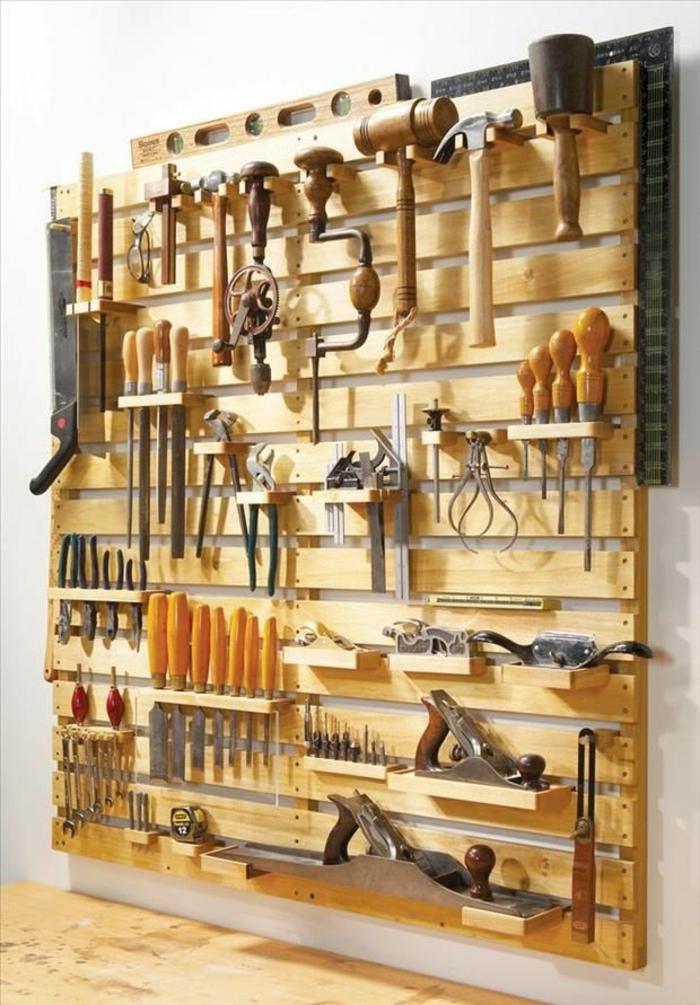 möbel aus paletten werkzeug wand selber bauen