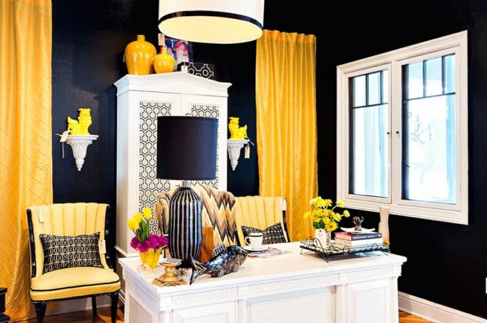 Pantone Farben: die neue Farbnuance Minion Gelb im Interieur Design