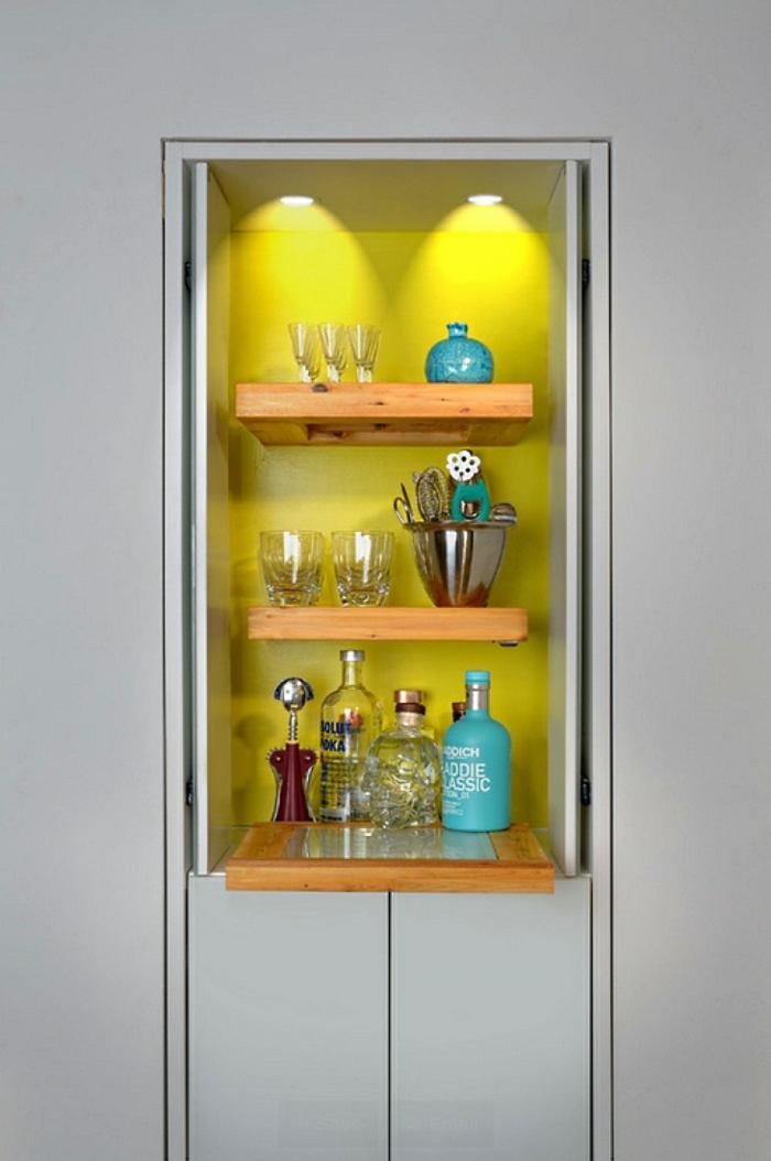 minions pantone farben trendfarben gelb regal beleuchtung