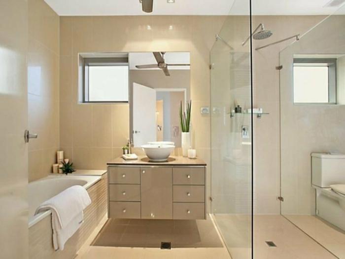 modernes bad einrichten badezimmer im frauenstil