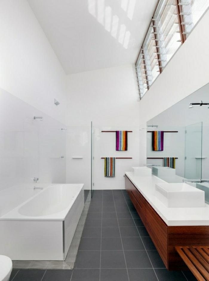 modernes bad einrichten badmöbel weiß einbauwanne