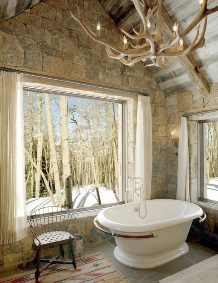 modernes badezimmer badewanne rustikales ambiente