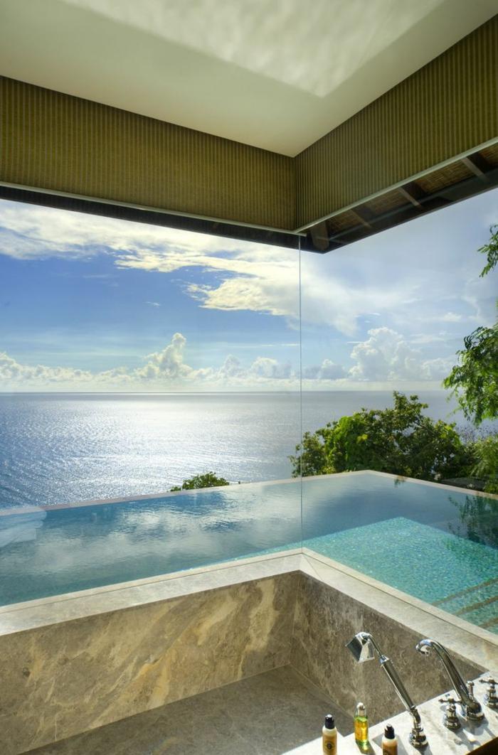 modernes badezimmer rechteckige badewanne marmor infinity pool