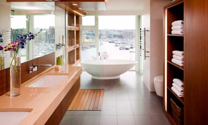 modernes badezimmer schalenförmige badewanne edles holz