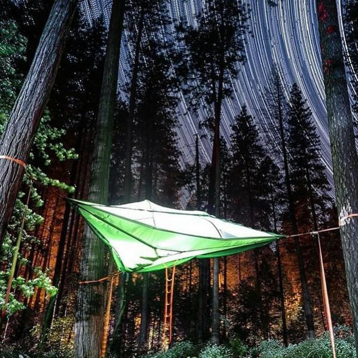outdoor-zelt-im-wald-tentsile-marke-sommerurlaub