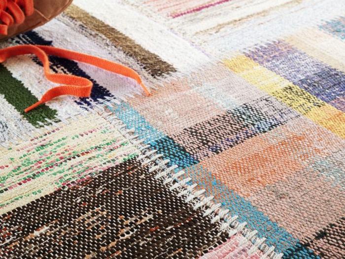 patchwork teppich und läufer bunte stücke zusammennähen