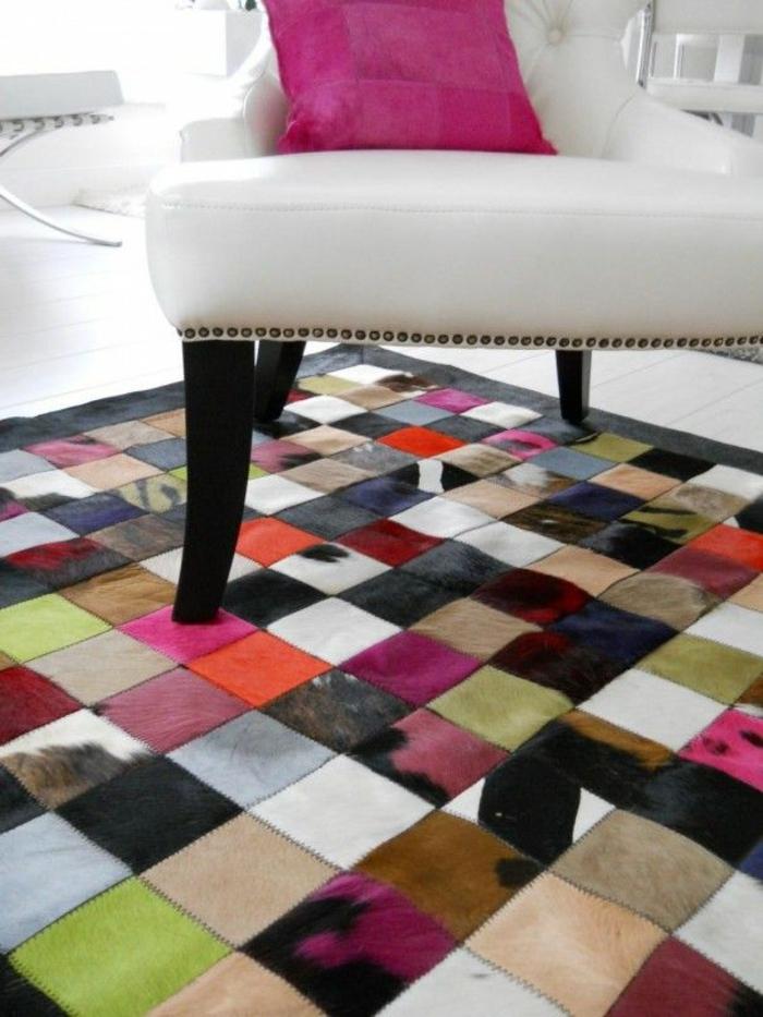 patchwork teppich wohnzimmer kuhfellteppich stücke