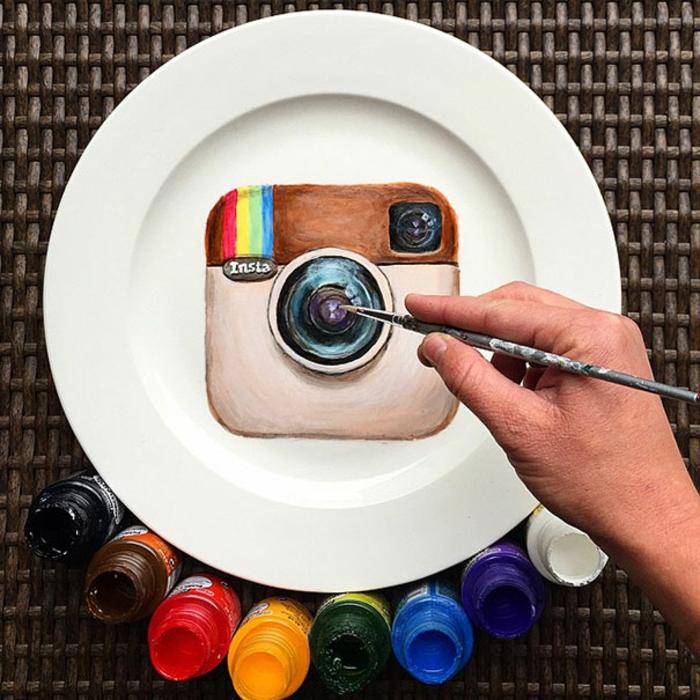 porzellan teller bemalen Jacqueline Poirier teller instagram