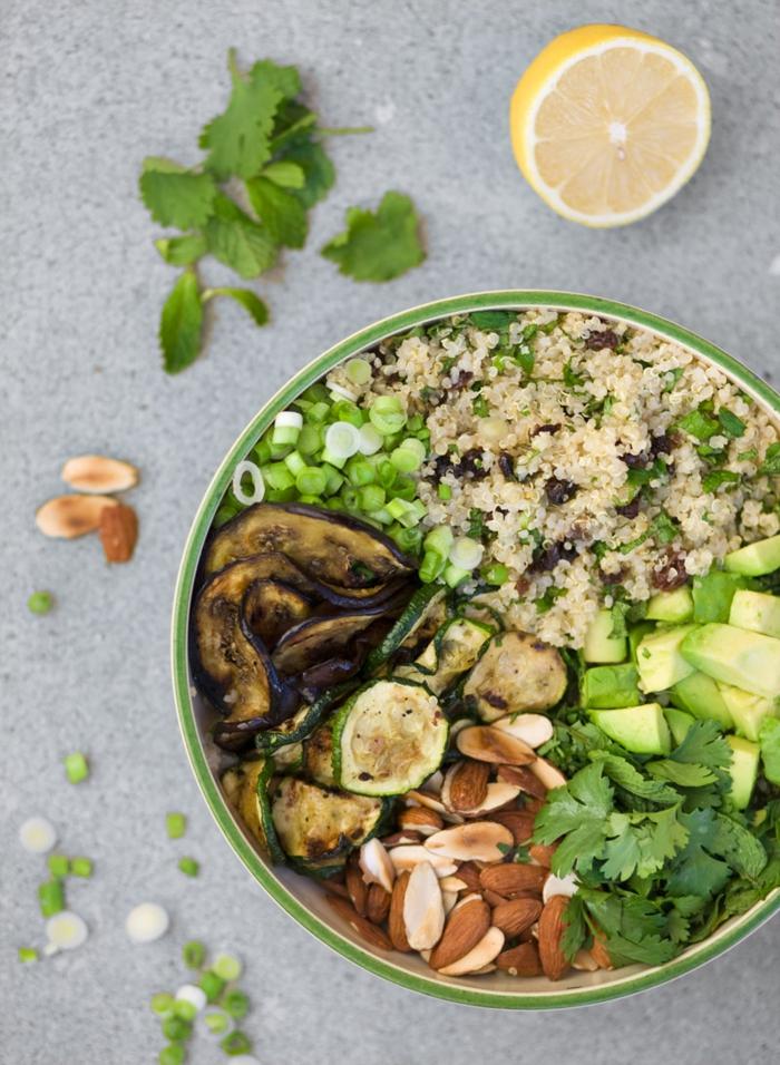 quinoa rezepte zucchini auberginen petersilie nüsse