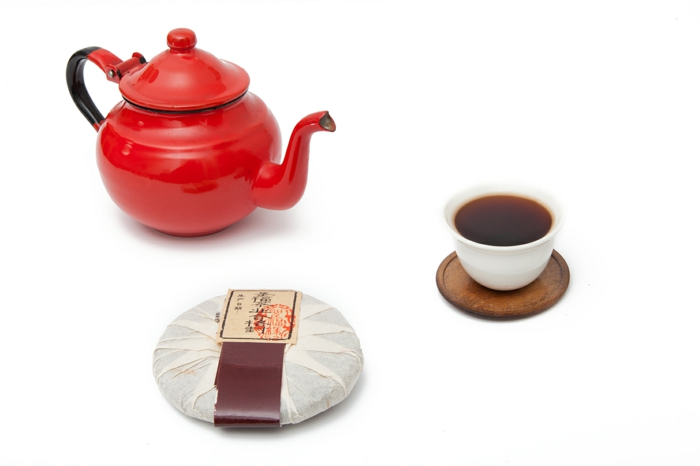 Eine tasse roter tee die wirkung vom pu erh tee for Rote wandfarbe wirkung