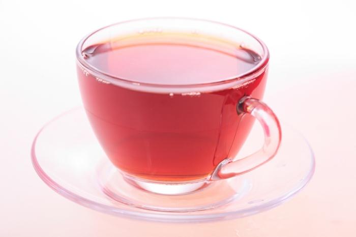 roter tee trinken pu erh tee