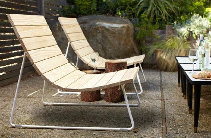 rustikale gartenmöbel set holz lounge möbel beistelltische