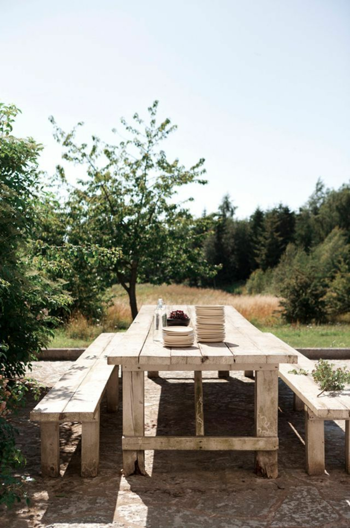 rustikale gartenmöbel set holz massivholz möbel