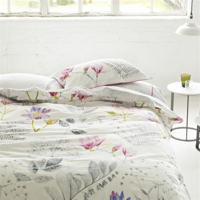 schöne bettwäsche schlafzimmer florales muster helles interieur