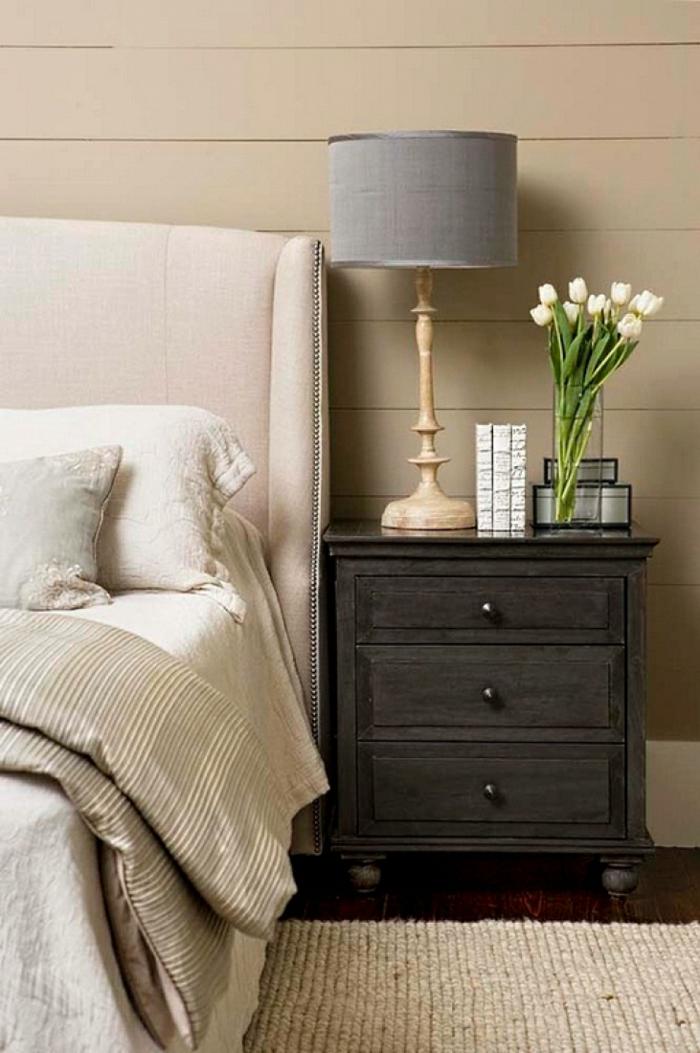schlafzimmer gestalten mehr stauraum schaffen nachttisch lampe