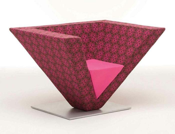 sitzmöbel moderner sessel pyramide design rosanuancen
