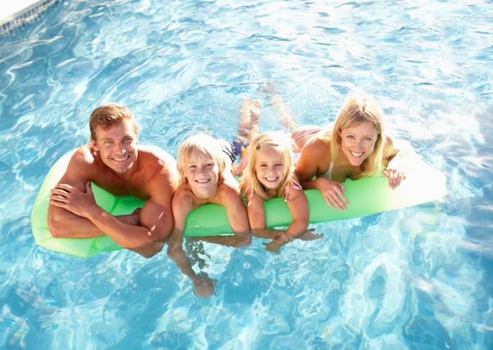 swimmingpools-familie-freude-freizeit-pool