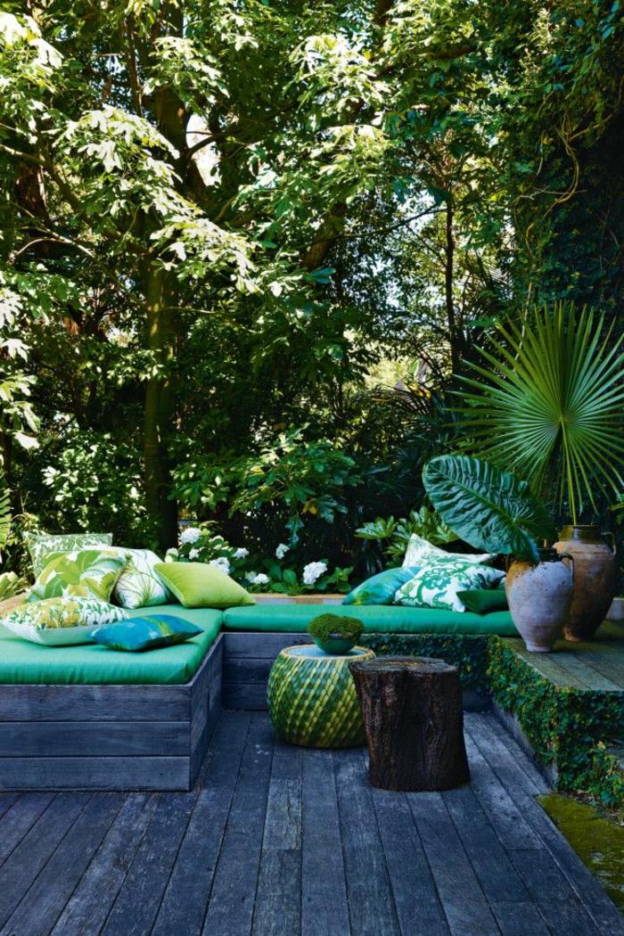 terrasse gestalten ideen gartenmöbel topfpflanzen grüne wohlfühloase
