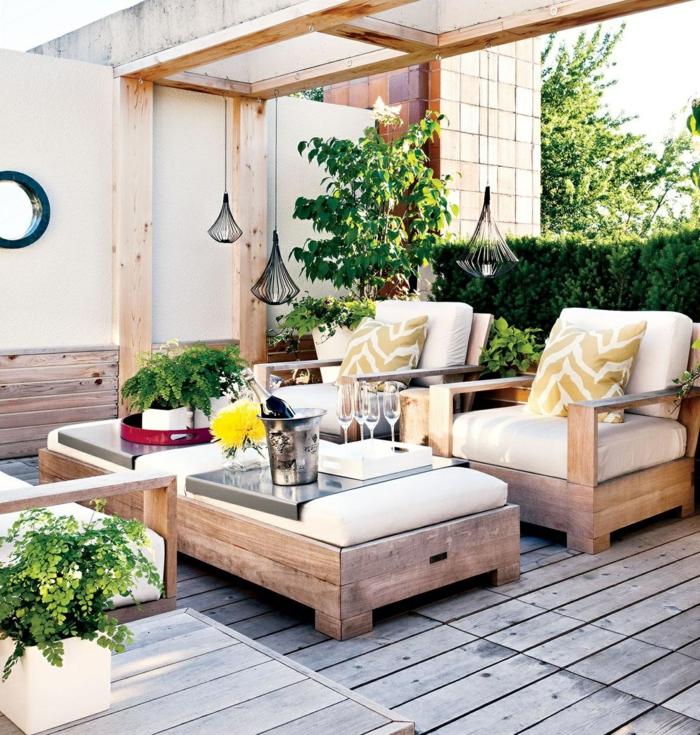 Terrasse aus holz gestalten gemutlichen ausenbereich  Terrasse gestalten - Den Außenbereich mit Geschicklichkeit gestalten