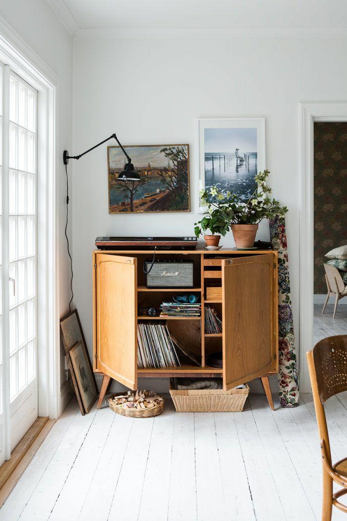 wohnzimmer einrichten wohnzimmermöbel anrichte holz