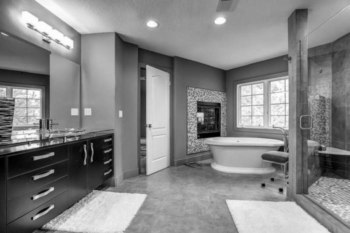 Badgestaltung Bad Ideen Badezimmer schwarz-weiß grauer weiss grau schwarz