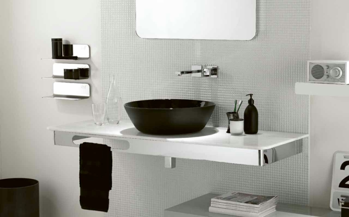 black and white bathroom decor ideas badgestaltung in schwarz wei 223 15 kontrastreiche bad ideen 25101