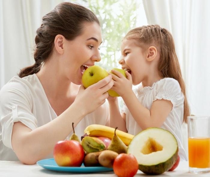 Gesunde Ernährung für Kinder vorbild sein