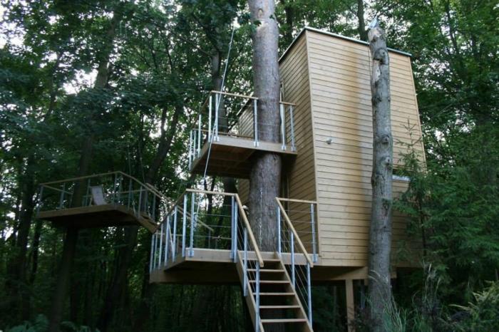 klassische moderne architektur 11 beispiele f r naturfreundliches bauen. Black Bedroom Furniture Sets. Home Design Ideas