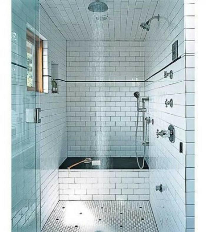 Kleines Bad hell nach dusche
