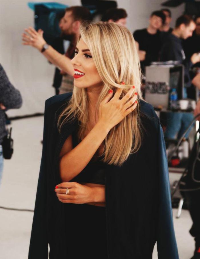 Moderne Frisur blonde haare haarschnitte herbst